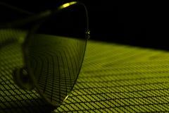 Солнечные очки авиатора конструируют, наблюдают, путешествуют, объект очарования Стоковое фото RF