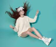 Солнечные очки маски женщины моды конструируют декоративный портрет Стоковая Фотография RF