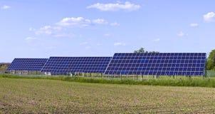 Солнечные фотовольтайческие клетки панели Стоковое фото RF