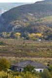 Солнечный день в долине горы Стоковое фото RF
