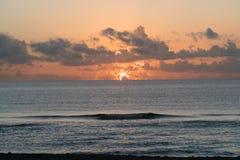 Солнечный заход солнца пляжа островов Стоковые Изображения RF