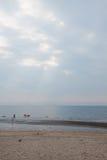 Солнечный свет и море стоковая фотография