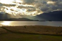Солнце после полудня на озере Стоковое фото RF