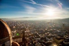 Солнце под городком Стоковое Фото