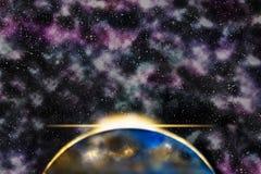 Солнце поднимая за планетой, галактикой межзвёздного облака в предпосылке Стоковые Фотографии RF