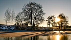 Солнце светя Стоковая Фотография