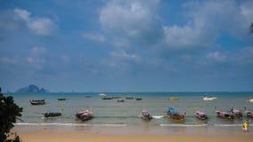 солнце Таиланд остальных дня купая пляжа Стоковые Изображения