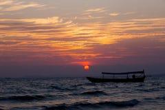 Солнце установило на южное море Chuna Стоковые Изображения