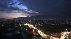 Солнце установило от Катманду Непала стоковые фотографии rf