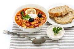 Солянка - русский традиционный суп мяса Стоковая Фотография