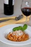 Спагетти и вино Стоковое Изображение