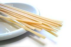 спагетти макаронных изделия linguine стоковое изображение rf