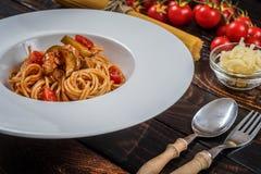 спагетти мяса цыпленка Стоковое фото RF