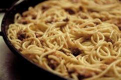 Спагетти сваренные сотейником Стоковое фото RF