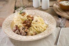 спагетти соуса carbonara Стоковое фото RF