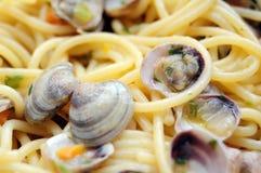 Спагетти с крупным планом clams Стоковые Изображения RF