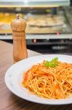 Спагетти с кусками цыпленка Стоковые Фотографии RF