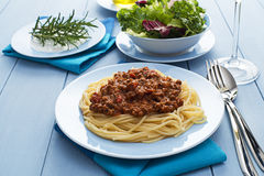 Спагетти с семенить соусом мяса Стоковые Изображения RF