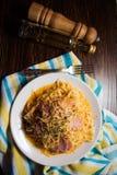 Спагетти с соусом яичка Стоковая Фотография RF
