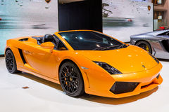 Паук Lamborghini Gallardo на дисплее стоковые фото