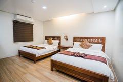 Спальня виллы стоковые фотографии rf