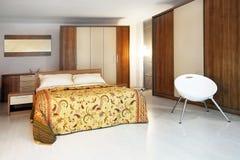 спальня деревянная стоковая фотография rf