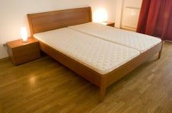 спальня кровати Стоковые Фотографии RF