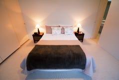 спальня самомоднейшая Стоковые Фотографии RF