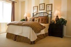 спальня самомоднейшая Стоковое Фото