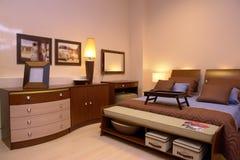 спальня cosy греет стоковая фотография