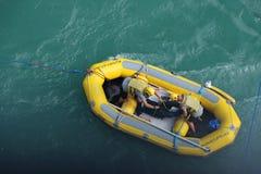 Спасательная лодка шлямбура Bungee Стоковая Фотография RF