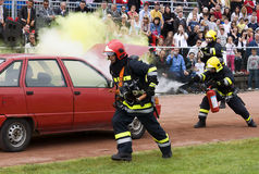 спасательные команды 1 пожара действия Стоковое Фото