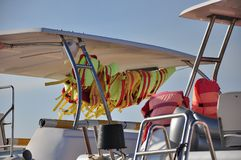 Спасательный жилет на шлюпке стоковые изображения rf