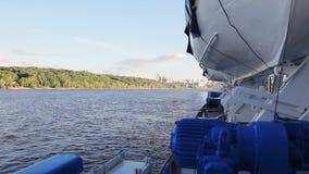 Спасательная шлюпка на пароходе пассажира видеоматериал