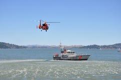 спасение вертолета шлюпки Стоковые Изображения RF