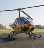 Спасение вертолета, вертолет в воздухе пока летающ Стоковая Фотография