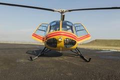 Спасение вертолета, вертолет на взлётно-посадочная дорожка Стоковые Изображения