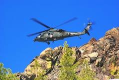спасение горы вертолета воздуха Стоковая Фотография RF