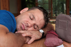 спать человека Стоковые Фотографии RF