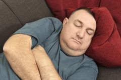Спать человек Стоковая Фотография