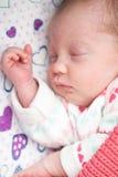 спать шпаргалки младенца newborn Стоковые Изображения