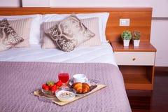 Спальня гостиницы Ares Стоковое фото RF