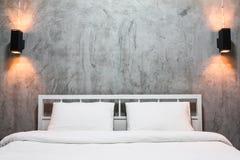 Спальня просторной квартиры Стоковое Фото