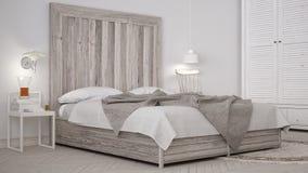 Спальня DIY, кровать с деревянным изголовьем, скандинавским белым eco c стоковая фотография rf