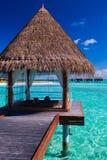 спа overwater лагуны бунгал тропическая Стоковая Фотография