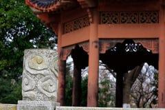 Спектр столбца-Qingyun муара каменный высекая Стоковые Фотографии RF
