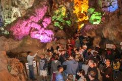 Спетая видом пещера sot в заливе ha длинном, Вьетнаме Стоковые Изображения