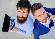 Специалисты группа обеспечения дела, взгляд сверху Предпринимательство как сыгранность Продажи и онлайн сделка Коммерческий отдел стоковое изображение