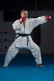 Специалист бойца Тхэквондо с позицией боя Стоковые Изображения RF