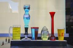 Специальные выпивая чашки увидели на опыте улицы Fremont Стоковые Изображения